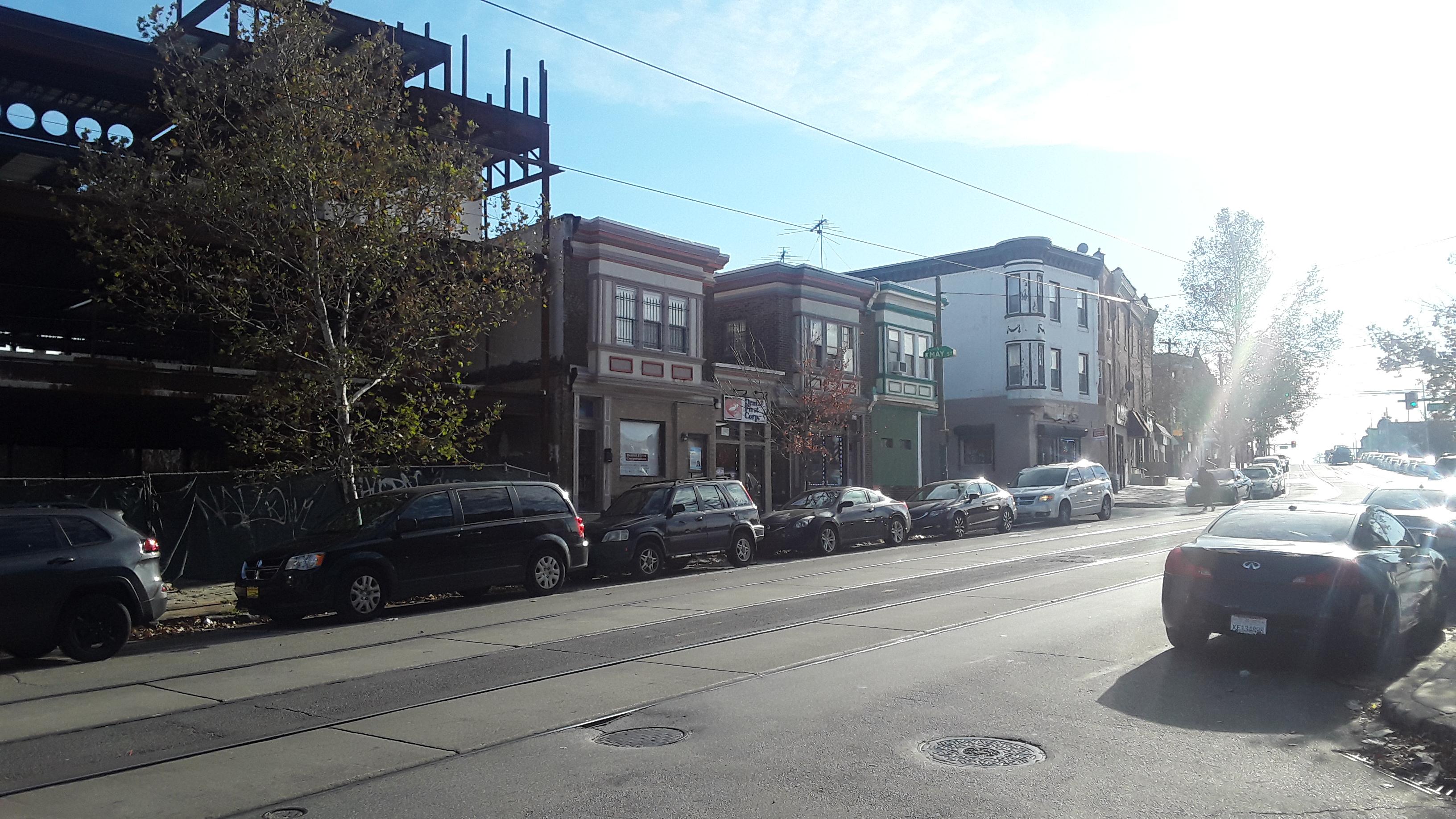 4614 Woodland Ave - Image #4