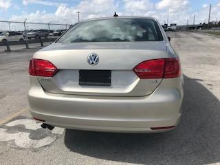 2013 Volkswagen Jetta  - Image #5