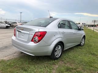 2016 Chevrolet SONIC - Image #6